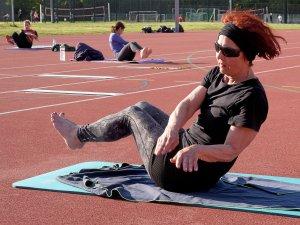 Bei einer Inzidenz unter 50 könnte schon nächste Woche Freiluftsport in Kleingruppen stattfinden, wie hier die Matten-Gymnastik des MTV Braunschweig im vergangenen Sommer.