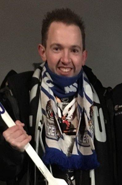 Timo Tykarski (30) ist 3. Vorsitzender des Fanklubs Reihe 3.