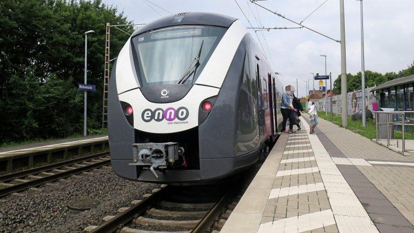 """Der Enno Hildesheim-Braunschweig bleibt ein """"Sardinen-Zug"""" - Peiner Nachrichten"""