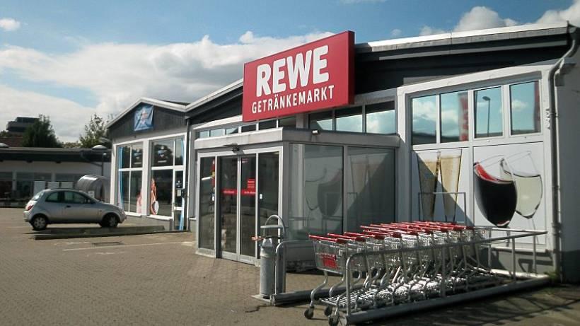 Bewaffneter Raubüberfall auf Rewe-Getränkemarkt in Peine - Peine ...